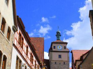 維本特姆旅館(Gästehaus am weißen Turm)