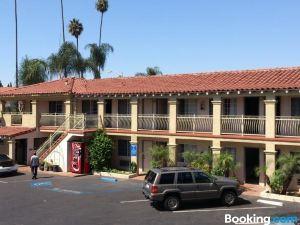 聖塔安那旅遊酒店