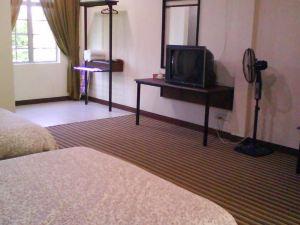 哈利法酒店(Khalifa Inn)