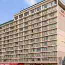 辛辛那提市中心品質套房酒店(Quality Inn & Suites Cincinnati Downtown)