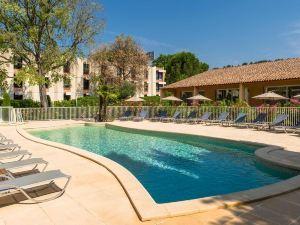 諾富特埃克斯普羅旺斯拉克橋酒店(Novotel Aix-en-Provence Pont de l'Arc)