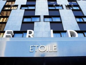 巴黎星辰艾美酒店(Le Meridien Etoile)