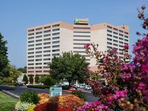 納什維爾機場酒店(Nashville Airport Hotel)