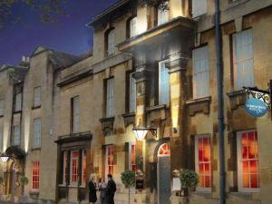 凡布呂之家酒店(Vanbrugh House Hotel)