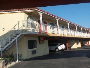 預算汽車旅館(Budget Inn Motel)