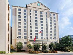 納什維爾機場希爾頓尊盛酒店(Embassy Suites Nashville - Airport)