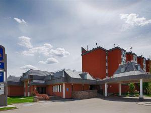 伍德貝斯特韋斯特旅館(Best Western Plus West Wood Inn)