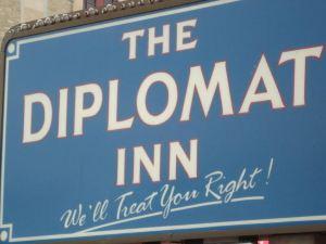 外交汽車旅館(Diplomat Inn)