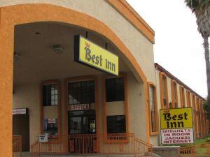 貝斯特旅館(Best Inn)