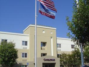 燭木套房奧蘭治縣/歐文光譜酒店(Candlewood Suites Orange County/Irvine Spectrum)