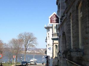 皮埃爾別墅酒店(Le Chateau de Pierre)