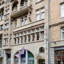 門瑞特酒店(Hotel Merit)