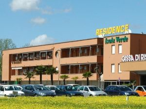 伊索拉豪園西塞內羅公寓(Residence Isola Verde Cisanello)