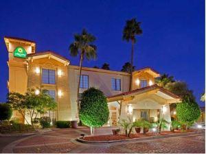 鳳凰城空港機場拉昆塔套房酒店(La Quinta Inn Phoenix Sky Harbor Airport)