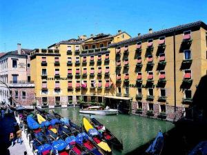 阿爾伯高卡瓦樂圖奧爾瑟羅公爵酒店(Albergo Cavalletto & Doge Orseolo)