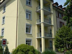 德爾斯貝格拉爾里租屋公寓(Rent a Home Delsbergerallee)