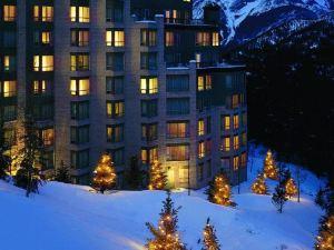 里姆羅克度假酒店(Rimrock Resort Hotel)