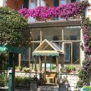 瑪洛薩旅館