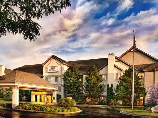 The Lotus Suites At Midlane Golf Resort