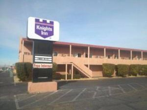 鮑威爾湖騎士酒店(Knights Inn Lake Powell)