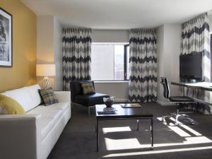 巴爾的摩布魯克希爾套房酒店(Brookshire Suites Baltimore)