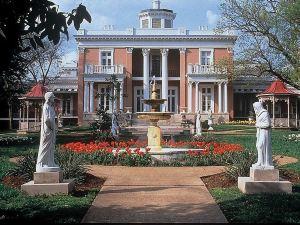 納什維爾市中心歡朋酒店及套房(Hampton Inn & Suites Nashville Downtown)