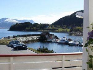 桑德峽灣酒店(Sunde Fjord Hotel)