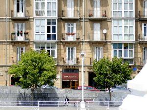 雷帕酒店(Hotel Ripa)