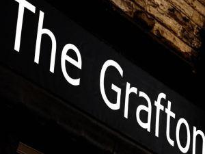 格拉弗頓精品B&B旅館(The Grafton Boutique B & B)