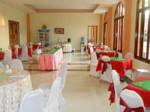 榮納空萬榮宮酒店(Roung Nakhon Vangvieng Palace)
