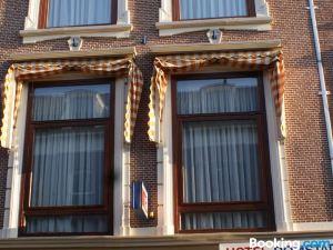 多姆斯達特酒店