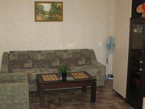 Apartment Zhilinoy 31