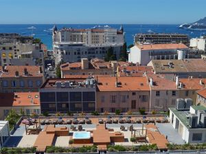 藝術家平台健康按摩浴池貝斯特韋斯特優質酒店(Best Western Plus le Patio des Artistes Wellness Jacuzzi)