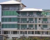 康提阿瑪瑞天空酒店