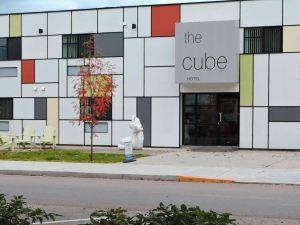雷夫爾斯托克立方體賓館(The Cube in Revelstoke)