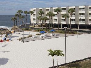 賽博特海濱套房酒店(Sailport Waterfront Suites)