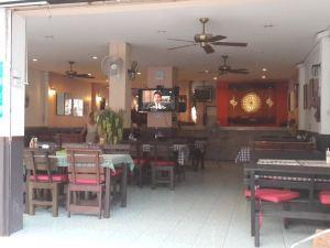 馬力海灘酒店(Malee Beach)