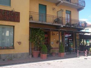 玫瑰酒店(Albergo le Rose)