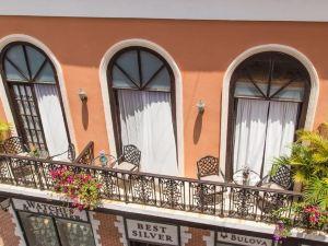 舊聖胡安福塔雷薩套房酒店(Fortaleza Suites Old San Juan)