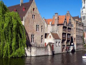格拉夫佛蘭德酒店(Hotel Graaf Van Vlaanderen)