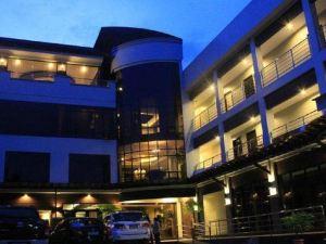 橄欖石套房酒店(The Peridot Suites)