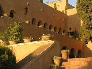 聖卡塔利娜城堡酒店(Hotel Castillo de Santa Catalina)