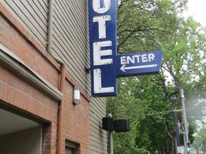 AAE波特蘭市區品質酒店(AAE Portland Downtown Value Inn)