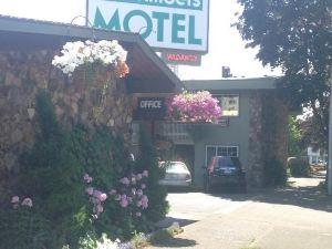 廷伯斯汽車旅館(Timbers Motel)