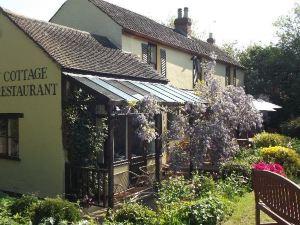 豪得法斯特小屋酒店(Holdfast Cottage Hotel)