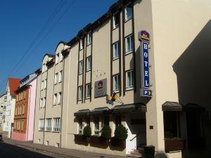 菲沃瑞特貝斯特韋斯特酒店(Best Western Hotel Favorit)