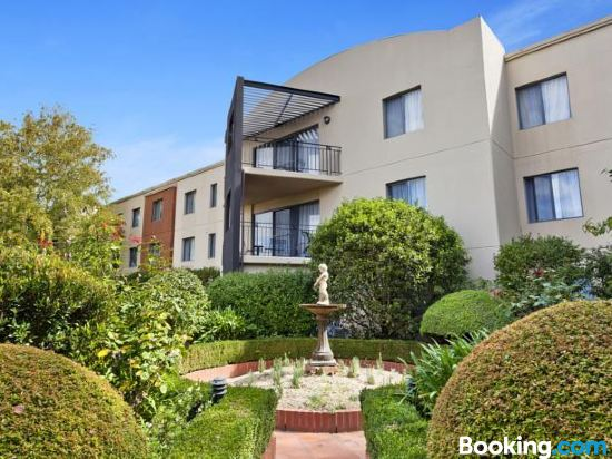 Accommodate Canberra Griffin Kingston Central Apartments