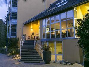羅騰塔爾沃爾德高爾夫酒店(Wald & Golfhotel Lottental)