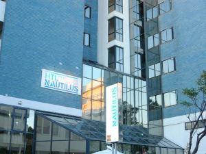 挪特樂思家庭酒店(Nautilus Family Hotel)