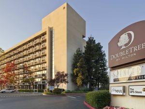 聖何塞逸林酒店(Doubletree Hotel San Jose)